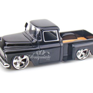 1955 Chevy Stepside Pickup. Escala 1:24