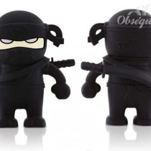 Memoria USB en forma de guerrero ninja